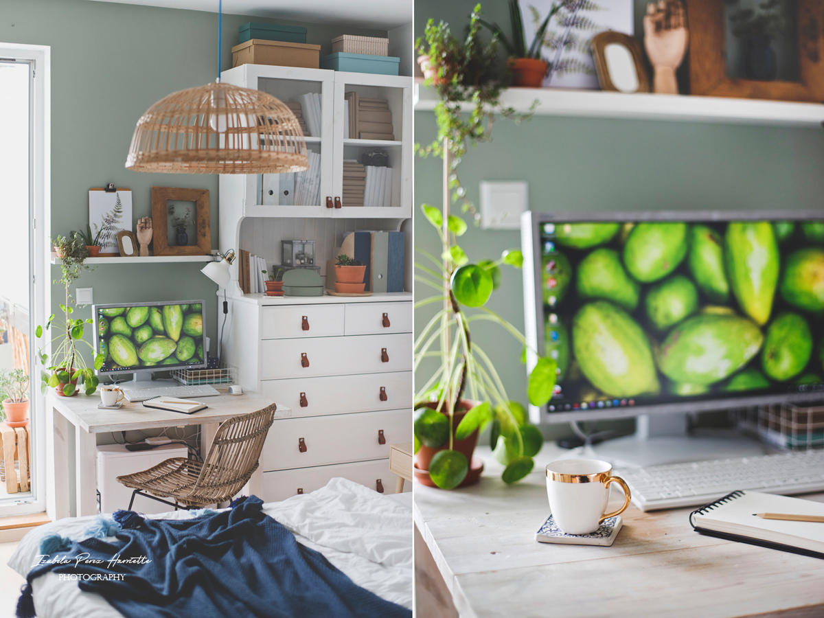 sypialnia, ratanowe krzesło, domowe biuro, biały kredens, szałwiowa ściana, ikea hacks