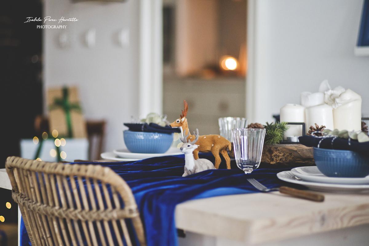 blue velvet christmas, table scape, świąteczny stół, święta w kolorze niebieskim, dekoracja jelonki