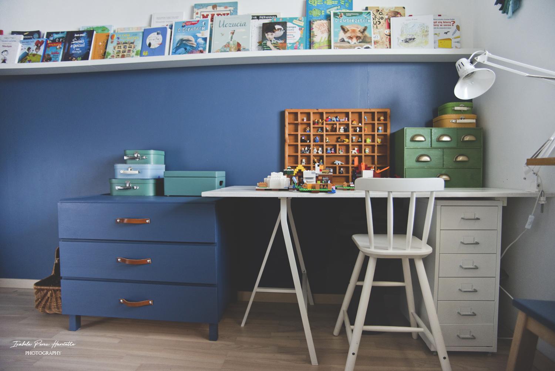 biurko, kolekcja lego, komoda, skórzane uchwyty, kids room, IVAR
