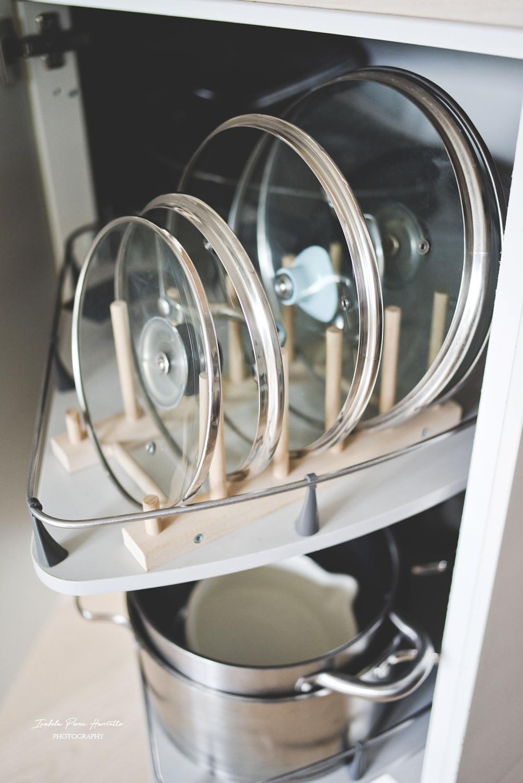 przechowywanie w kuchni, less waste, eko, kuchnia, IKEA,biała kuchnia, drewniany blat