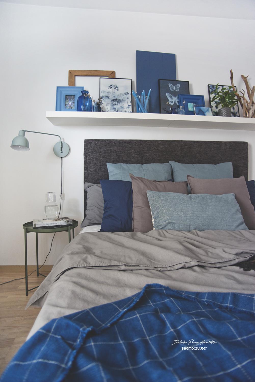 tekstylia, IKEA, sypialnia, ciemne wnętrza, granat i szarość
