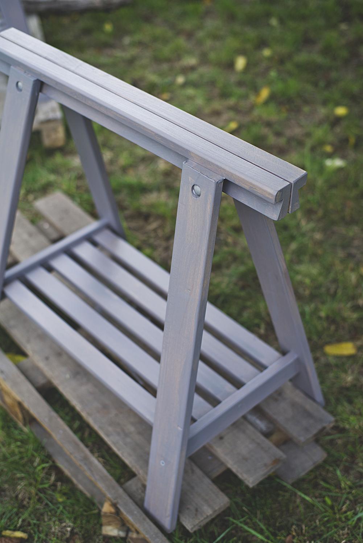 stół na taras, lazura do drewna, zabezpieczenie drewna na zewnątrz, szary stół, diy, zrób to sam, drewniane kozły